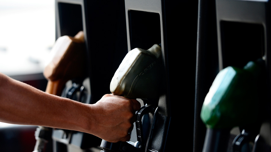 Gobierno anuncia alza de hasta $0.17 en el precio de los combustibles a partir de esta semana