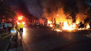 Incendio destruye casas de lámina de adultos mayores en Mejicanos