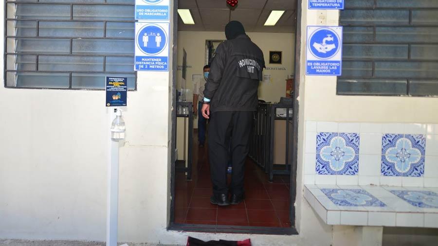 Policías-llega-a-tribunales-por-asesinar-a-una-de-sus-compañeras-de-la-PNC05