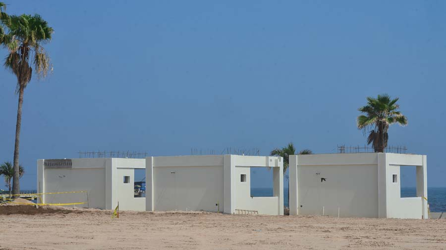YH-Construcción-de-Surfcity-en-la-Libertad13