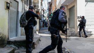 FOTOS: 24 pandilleros muertos en fuerte operativo policial en una favela de Río de Janeiro