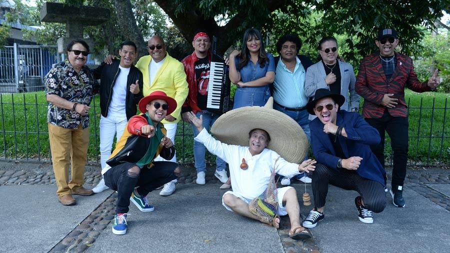 Artistas-Salvadoreños086