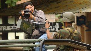 Fotoperiodista salvadoreño Yuri Cortez gana premio justo cuando cumple 30 años de carrera