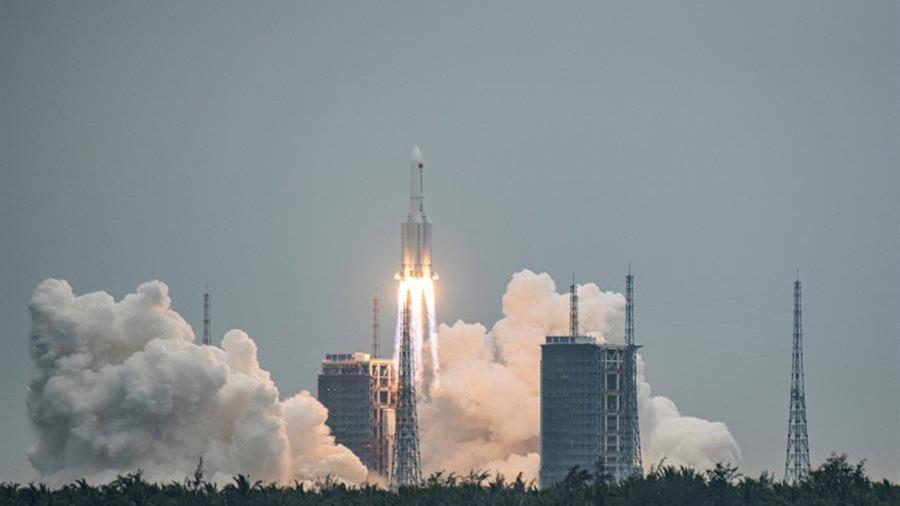 cohete-chino-lanzado-el-pasado