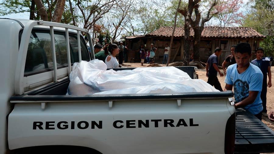 cuerpos-de-masacre-empleados-de-electricidad-san-juan-opico