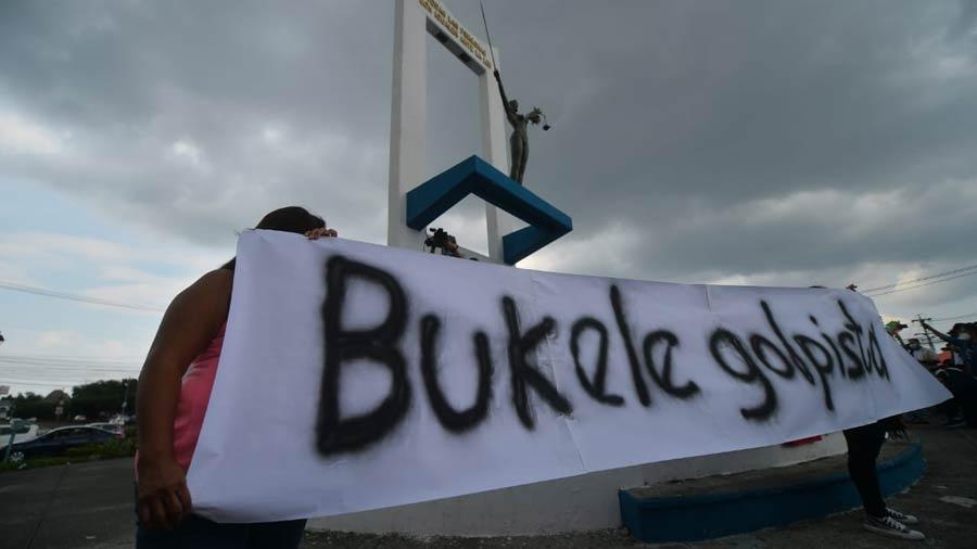 manifestacion-contra-golpe-en-asamblea03
