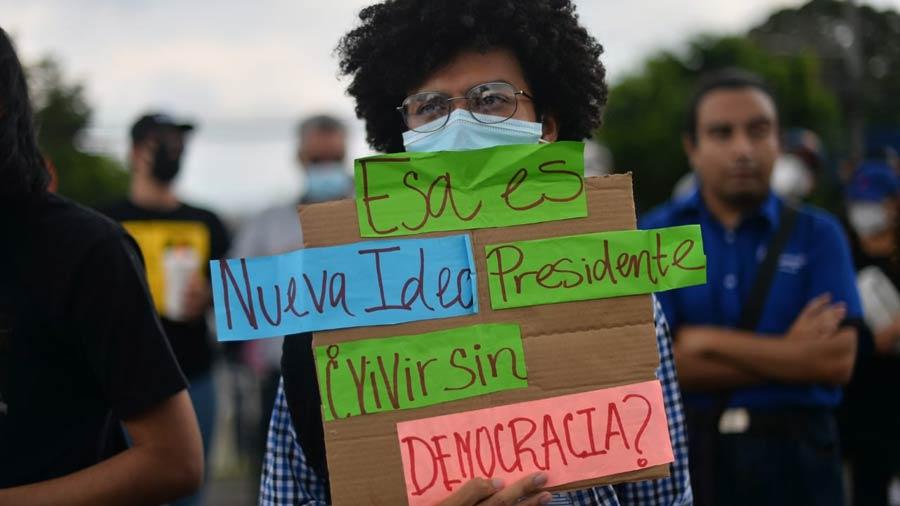 manifestacion-contra-golpe-en-asamblea12