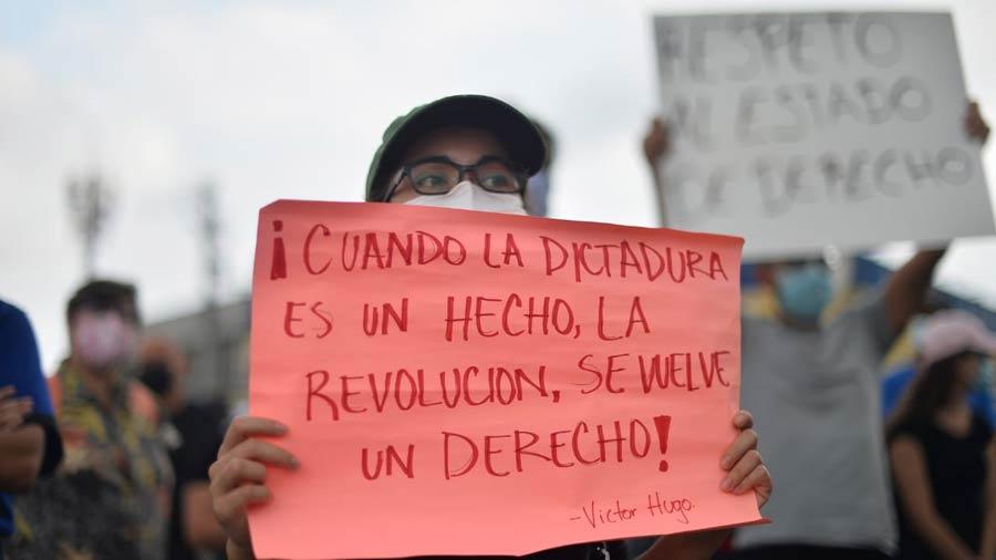 manifestacion-contra-golpe-en-asamblea14