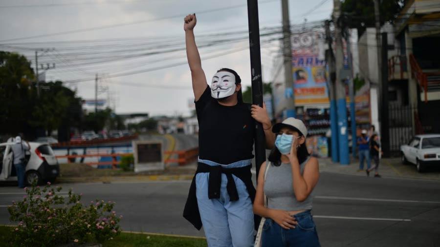 manifestacion-contra-golpe-en-asamblea19