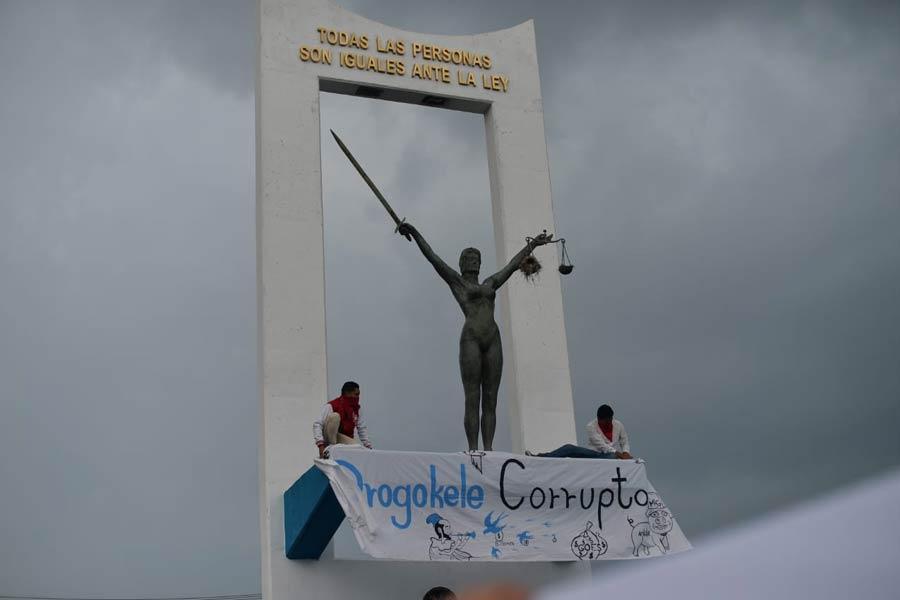 manifestacion-contra-golpe-en-asamblea25