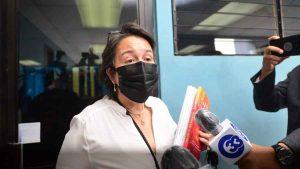 """""""¡Chivísimo!"""": La respuesta de Regina Cañas, """"Tía Bubu"""", ante la idea de cumplir su condena en Canal 10"""