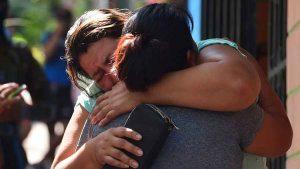 """""""Se ahorcó Jaime"""": Madre llora la muerte de su hijo que se quitó la vida en la Santísima Trinidad"""