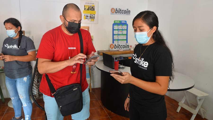 Bitcoin-playa-el-zonte-11