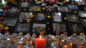 """""""Sobrevivir no es vivir"""", dice población LGBTIQ+ en plegaria rosa"""
