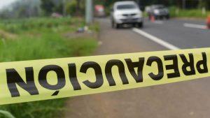 Hombre es encontrado asesinado a un lado de la carretera a Sonsonate
