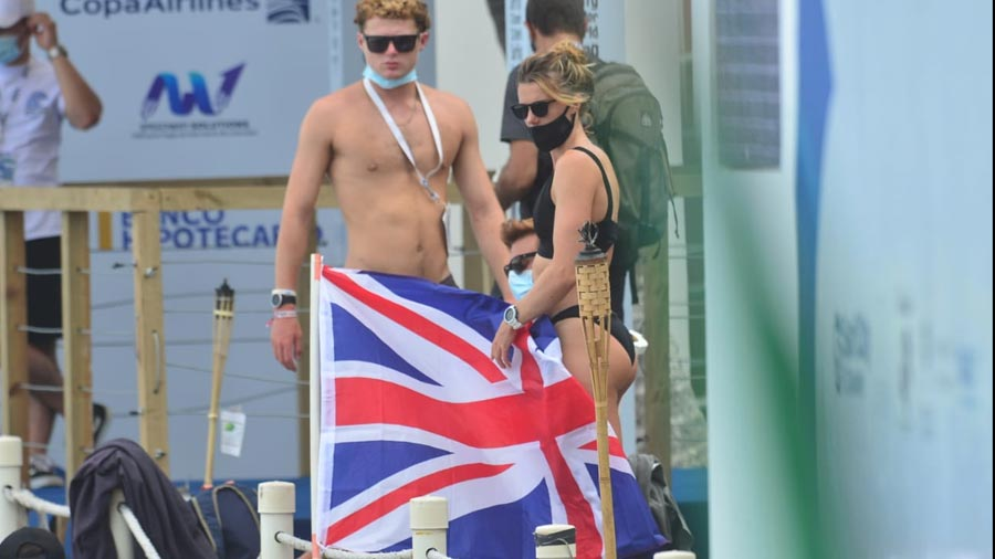 Mujeres-belleza-ISA-Surfing-World-Games219