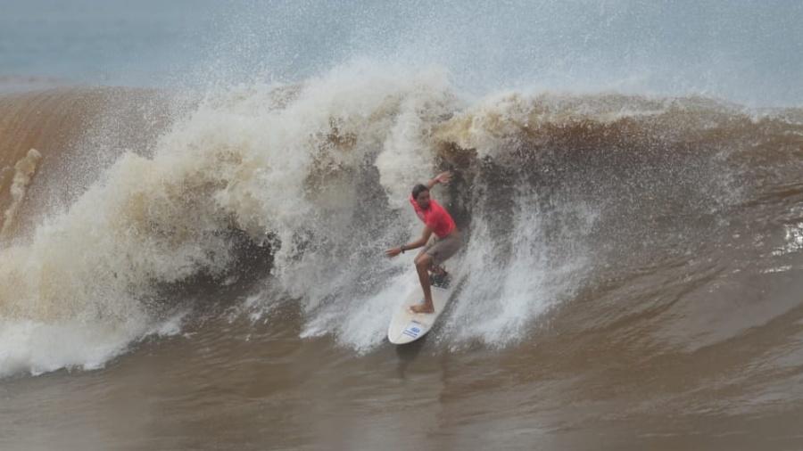 bryan perez isa surfing world games 2021 07