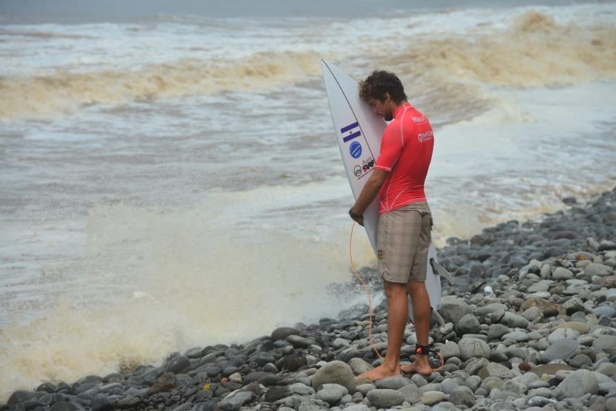bryan perez isa surfing world games 2021 08