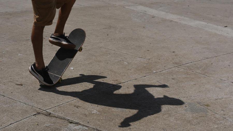 go skate day