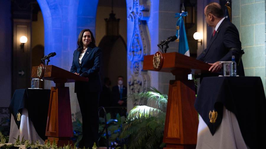 kamala harris visita guatemala (9)