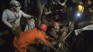 Imágenes de los socorristas que están dispuestos a arriesgar su vida en cualquier emergencia
