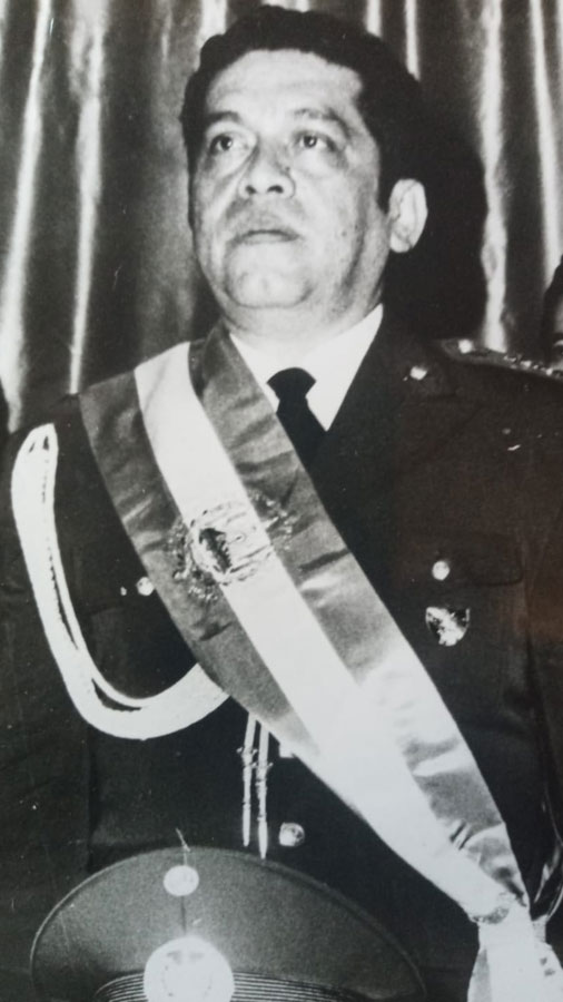 Presidente-Armando-Molina058