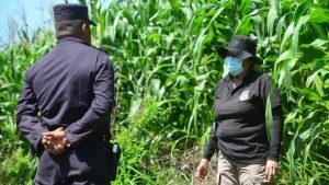 """""""Solo lo llegaron a tirar ahí"""": Encuentran cadáver de un hombre en Quezaltepeque"""
