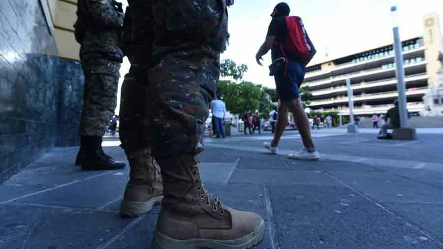 militares-en-centro06