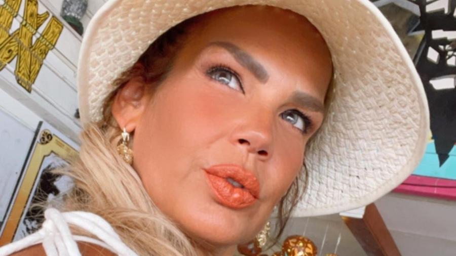 Niurka sube fotografías con su nuevo novio en Miami y no escapa de las críticas
