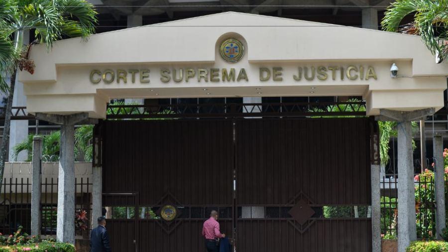 Corte Suprema da ultimátum a jueces para que renuncien antes del 24 de septiembre